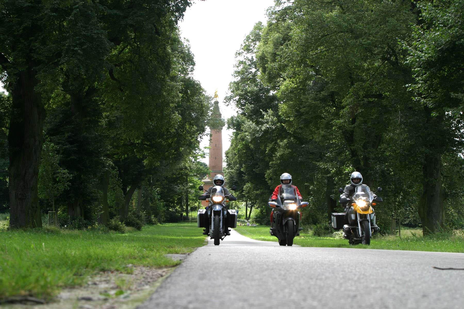 Motorradreisen Deutschland Deutsche Alleenstraße